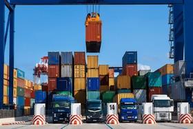توسعه صادرات موجب تحقق اقتصاد مقاومتی میشود