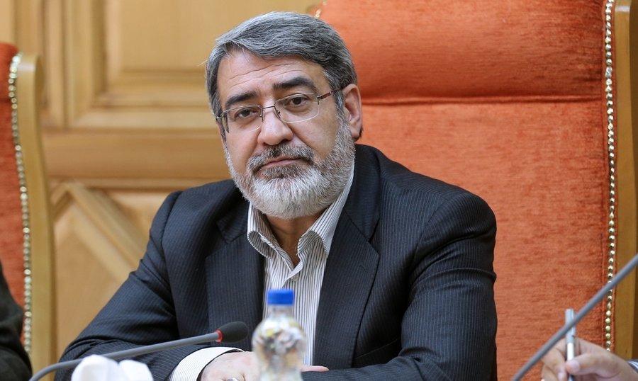 توصیههای وزیر کشور به زائران اربعین در مسیر بازگشت