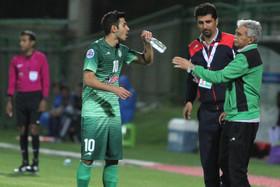 فوتبال اصفهان در انتظار پایان بلاتکلیفی ذوبآهن/ وداع سبزپوشان با حسینی؟