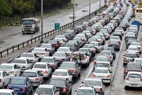 جادههای 7 استان بارانی است/ ترافیک عادی و روان در معابرکشور