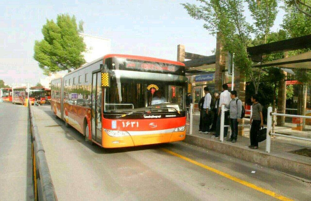 بازسازی اتوبوسهای ناوگان حمل و نقل شهری