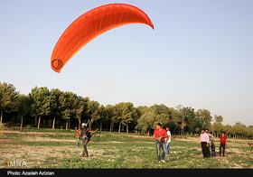 پرواز با هواپیمای ۲ نفره را در جشنواره ورزشی زایندهرود تجربه کنید