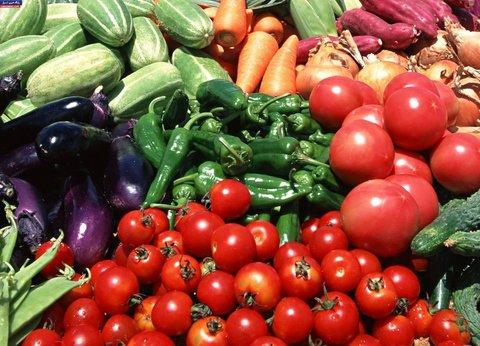 گوجه فرنگی ۱۰ هزار تومان شد/ قیمت مرغ به ۴۰ هزار تومان رسید