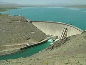 کاهش ۶ درصدی حجم مخزن سدها/ذخیره سد زایندهرود به ۲۰۰ میلیون مترمکعب رسید