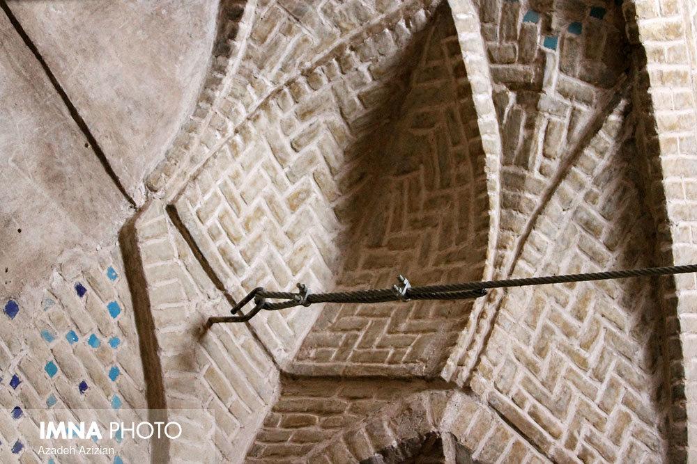 مرحله دوم مرمت و احیای مسجد پامنار زواره آغاز شد