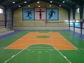 بهسازی ۶۰۰ میلیونی ورزشگاه نجف آباد