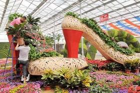 فاز اول بازار بزرگ گل و گیاه شرق اصفهان تا پایان سال جاری تکمیل می شود