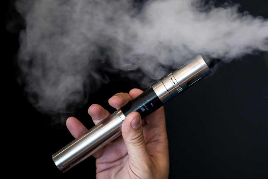 خطر سیگارهای الکترونیک/علت ایجاد ترک پاشنه پا