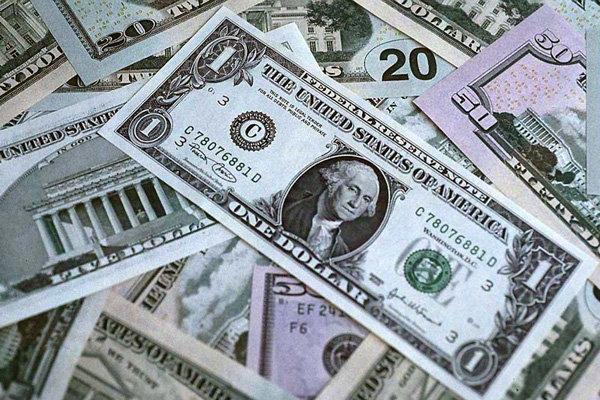 افت دلار پس از انتشار گزارش تورم آمریکا