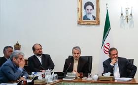 توسعه حمل و نقل مسافر با مترو در ۹ کلان شهر کشور/ بازسازی فاضلاب اصفهان