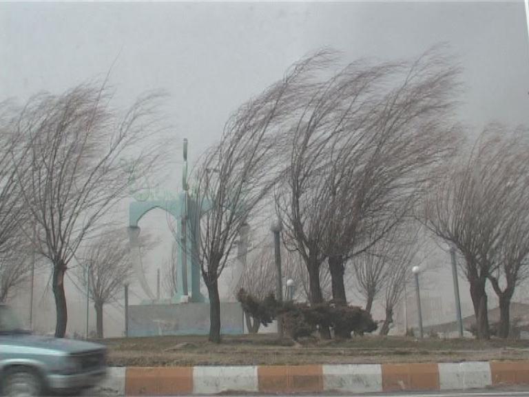 احتمال افزایش باد شدید در مناطق شرقی استان اصفهان