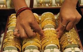 برق طلا، چشم بازار را کور کرد