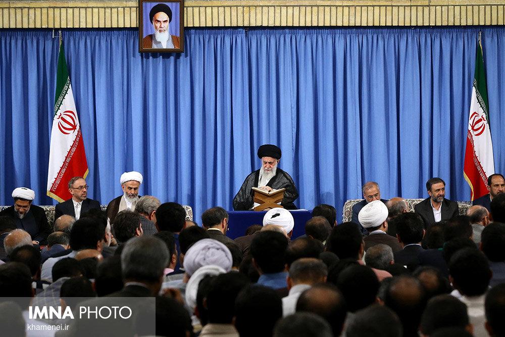 تفسیر بخشی از دعای روزاول ماه رمضان توسط رهبرانقلاب