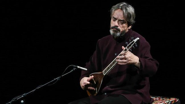 Iran's Alizadeh honored with Asian World Music Award