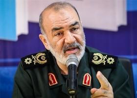 سپاه محبوب دل مردم و در اوج قرار دارد/ دشمن اقتدار ایران را درک کرده است