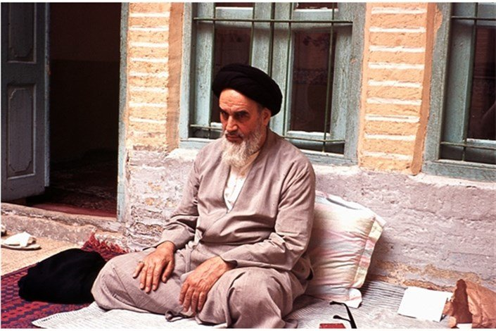وقتی غیر ایرانیها هم برای امام ایرانی ها اشک می ریزند