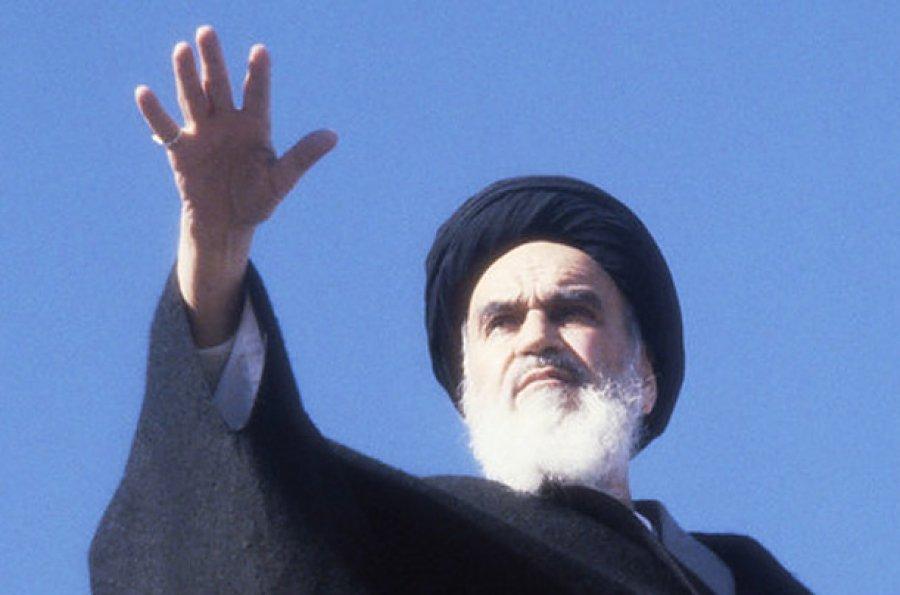 رسیدن به استقلال، اصلی ترین دلیل انقلاب اسلامی