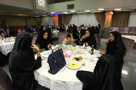 ضیافت افطاری مراکز تحت نظارت سازمان بهزیستی استان اصفهان