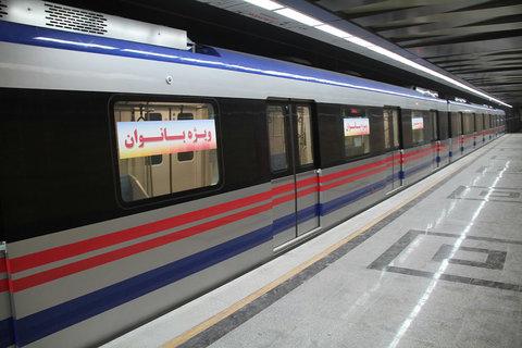 روزانه ۱۱ هزار مسافر با مترو تبریز جا به جا میشوند