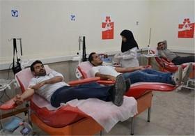 اهدای خون شانس ابتلا به سرطان ها و حملات قلبی را کاهش می دهد