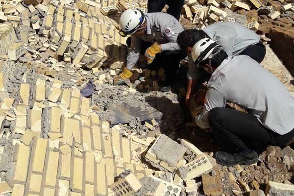 ریزش دیوار، کارگر ساختمانی را به کام مرگ کشاند