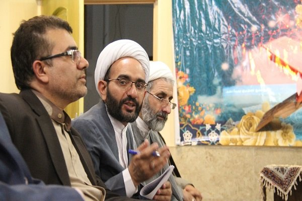 مسئولان نیاز شناسی خانه های قرآنی را انجام دهند