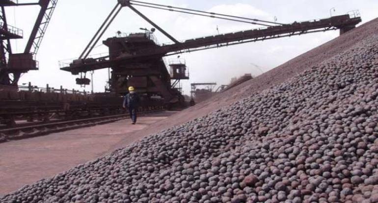 رشد ۱۳۰ درصدی در تولید و عبور از ۳ میلیون تن گندله در فولاد سنگان