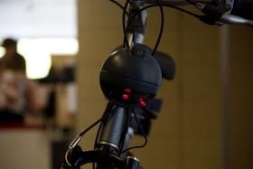 حفظ امنیت دوچرخه سواران با کمک لیزرهای هشدار دهنده
