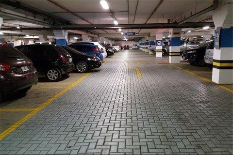 پارکینگداران موظف به ارائه خدمات ایمنی و رفاهی هستند