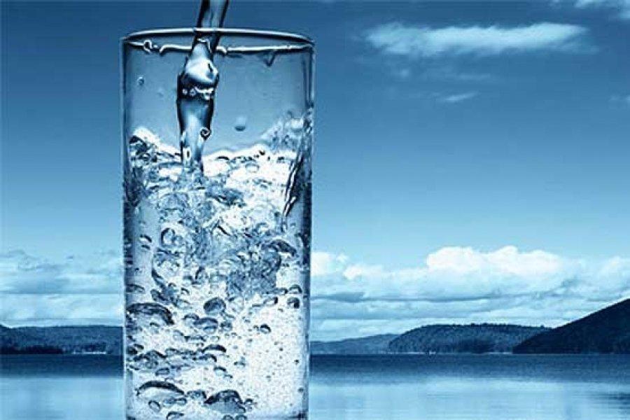 میان عرضه و تقاضا آب شرب اصفهان تعادل نیست/ بد مصرفی نکنید