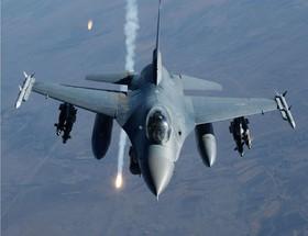 جنگندههای رژیم صهیونیستی باز هم نوار غزه را بمباران کردند