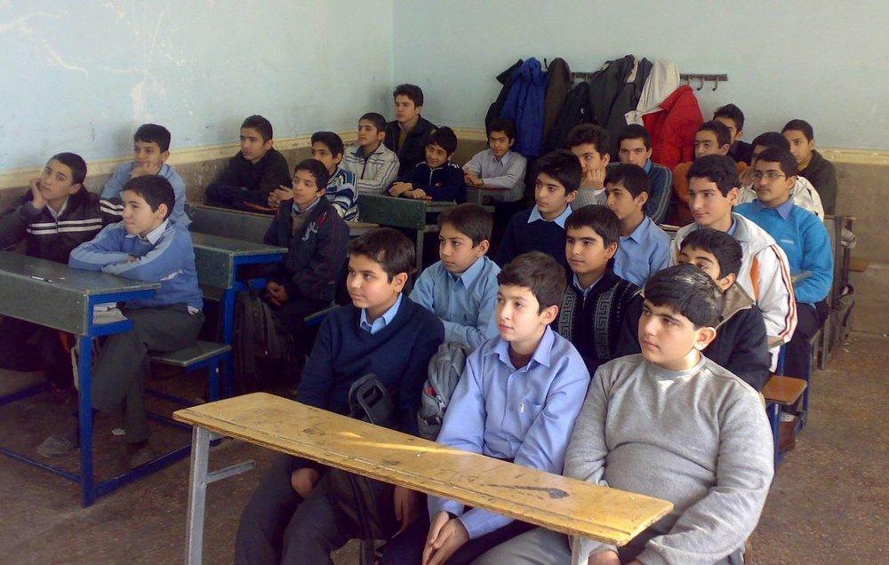 محرومیت مدارس سمپاد در مناطق کم برخوردار رفع میشود