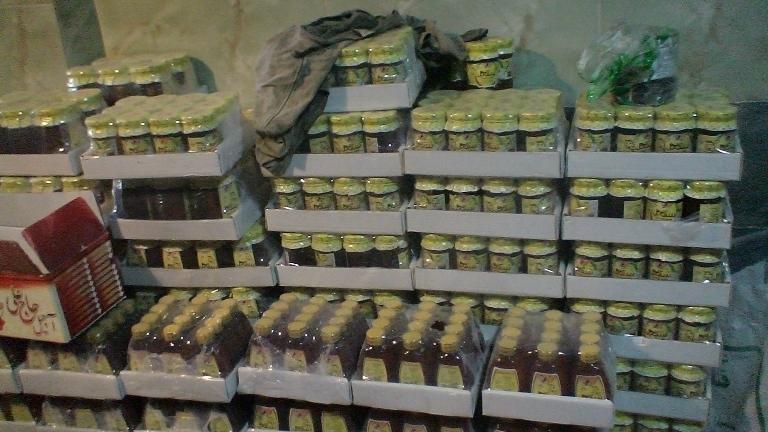 کشف ۷۰۰ کیلوگرم عسل تقلبی در فریدن