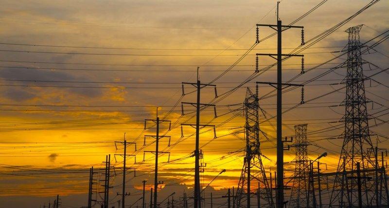 خداحافظی با بحران کمبود برق/از پیک مصرف تابستان عبور کردیم