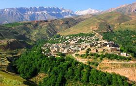 روستای سیور در دامنه کوههای استوار زاگرس+تصاویر