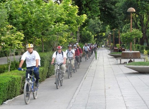 Bicycle lanes extend by 100 km/ Isfahan