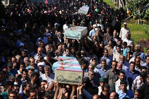 تشییع و خاکسپاری سه شهید گمنام در شهر طالخونچه