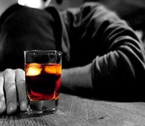 قربانیان مشروبات الکلی در خوزستان به ۵۹ نفر رسید