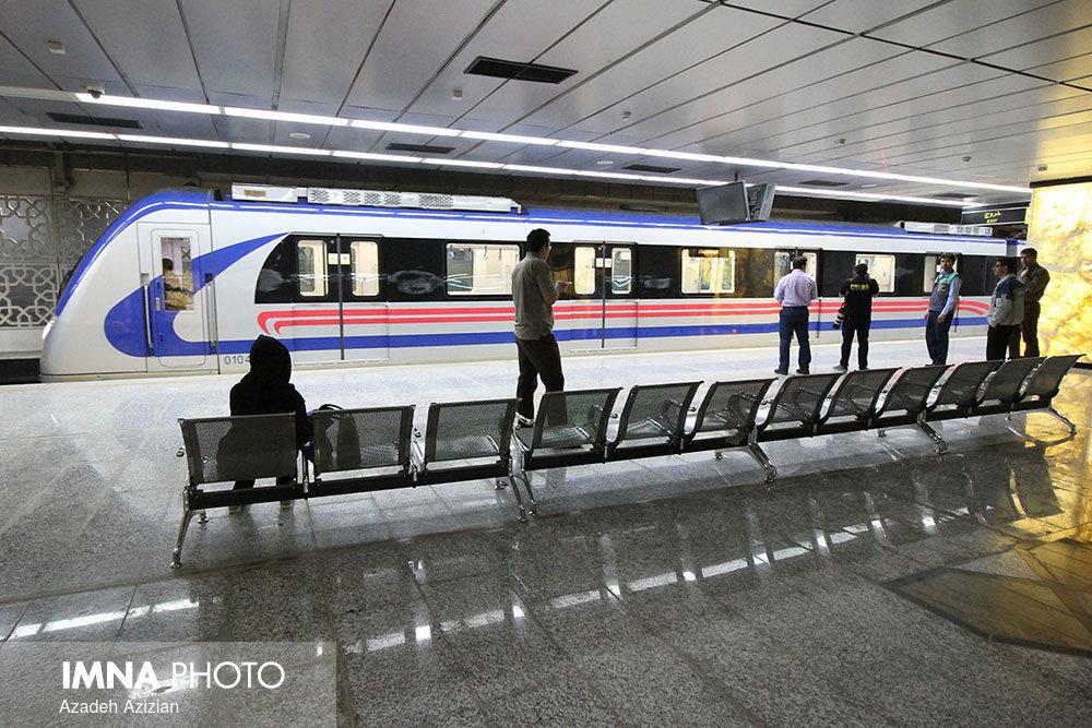 ایستگاههای قطارهای شهری مکانی برای توسعه شهر