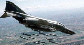 جنگندههای آمریکایی با فسفر سفید دیر الزور را بمباران کردند
