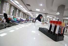 ۲ هزار و ۲۵۰  نفر در استان برای کمک به زلزلهزدگان غرب کشور خون اهدا کردند