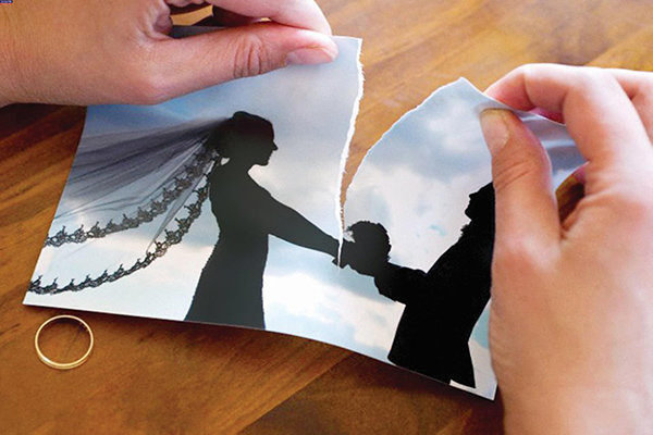تابلوهای فرهنگ شهروندی ازدواج صحیح را به تصویر می کشد
