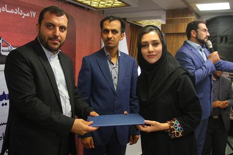 نشست صمیمی خبرنگاران روزنامه اصفهان زیبا و خبرگزاری ایمنا به مناسبت روز خبرنگار