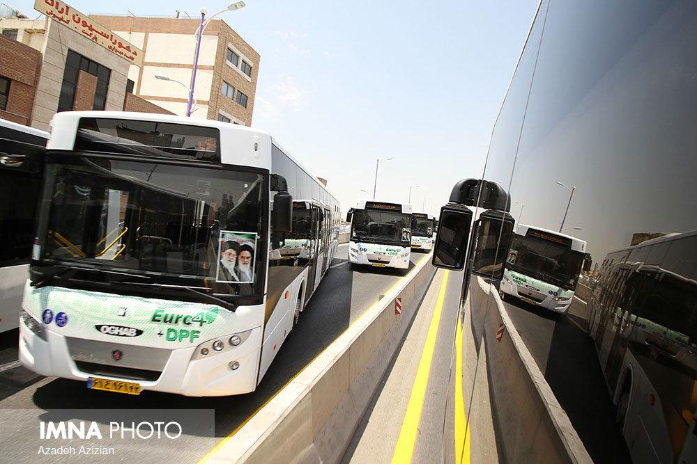 بازسازی ۴۰ اتوبوس پایتخت در یک سال گذشته