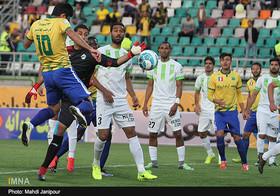 ادامه سریال بیاخلاقیهای کرار در فوتبال ایران/ تشویق رجبزاده از سوی هواداران صنعت نفت