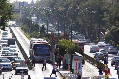 حمل و نقل عمومی تهران رنگ و بوی چینی دارد