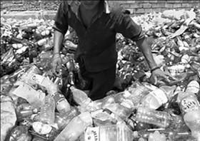 وضع مالیات های سنگین بر پلاستیکهای غیرقابل بازیافت