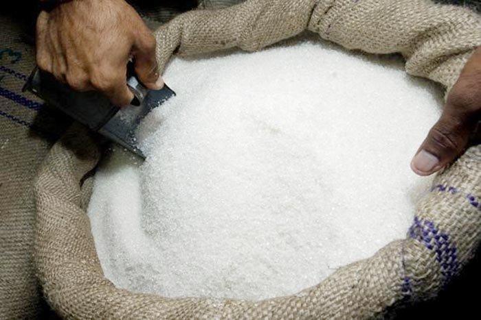 توزیع ۱۳۵ هزار تن شکر با قیمت مصوب ۶۳۰۰ تومان