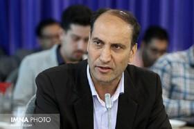 آذین بندی شهر در هفته دفاع مقدس با پیام های ایثار و شهات/ انتقاد به زمانبر شدن حکم شهردار