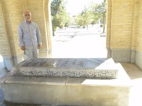 استاد شجریان در مراسم ختم پدر قرآن خواند/موذنزاده اردبیلی هم آمده بود